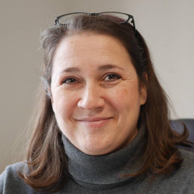 Sabine Theis